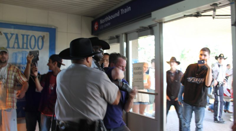 Calgary Transit Peace Officers shocking assault and theft caught ...
